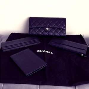 AUTHENTIC Chanel 4 piece travel clutch